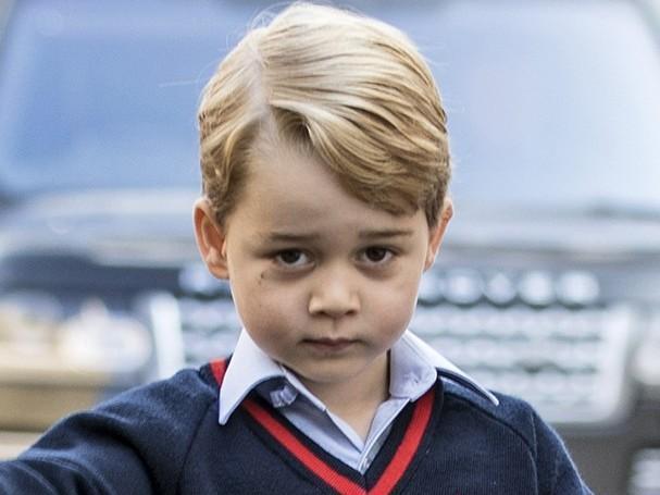 Príncipe George não quer voltar à escola e diz estar cansado