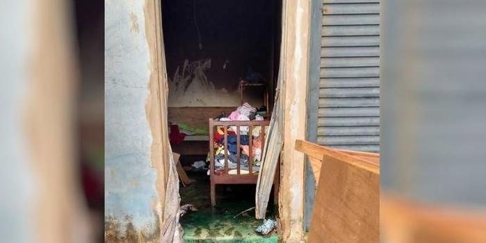 Jovem põe fogo em casa com os filhos dentro para assustar namorado
