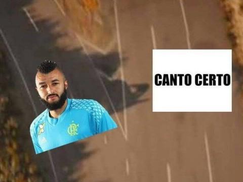 Diego e goleiro Alex são zoados na web após vice-campeonato do Fla