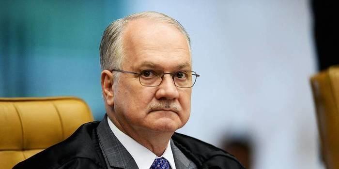 Edson Fachin separa inquérito que investiga senadores do PMDB
