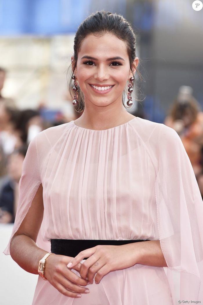 Bruna Marquezine no Festival de Veneza (Crédito: Getty Images)
