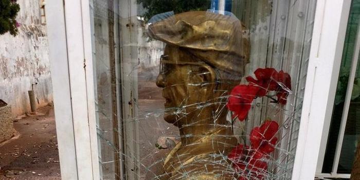 Busto de Chico Xavier é sofre atos de vandalismo em cemitério