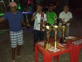 Prefeito João Luiz dando apoio aos campeonatos nas comunidades