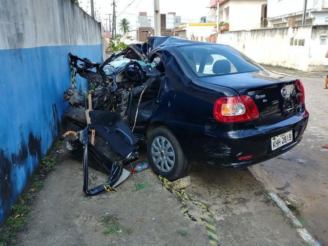 Acidente em rodovia estadual deixa 5 mortos em Pernambuco (Crédito: Bruno Fontes)