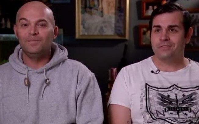 Ben Rogers e Mark Poidevin deram uma entrevista afirmando que são contra ao casamento homoafetivo   (Crédito: Reprodução/ABC)