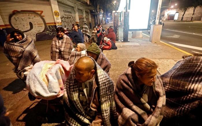 Pessoas nas ruas da Cidade do México  (Crédito: Reuters )