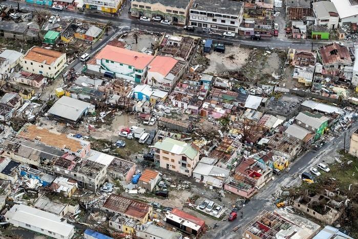 Casas destruídas após passagem do furacão Irma pela Ilha de Saint Martin, no Caribe (Crédito: Reuters)