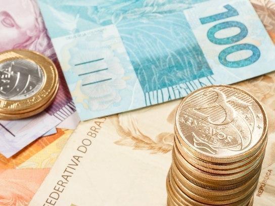 Após aumento de R$ 17, novo salário mínimo começa a valer hoje