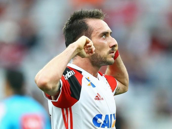 Mancuello deixa o Flamengo e é o novo contratado do Cruzeiro