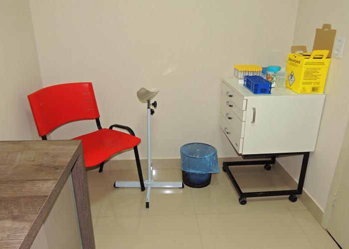 Sala de coleta de materiais para exames laboratoriais (Crédito: Edinardo Pinto )