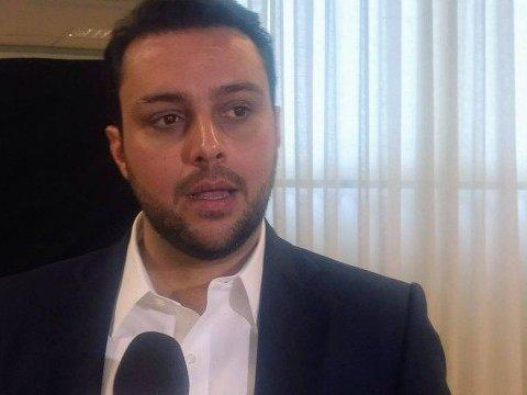 """Julio Brant faz queixa na delegacia: """"Não vão prejudicar o Vasco"""""""