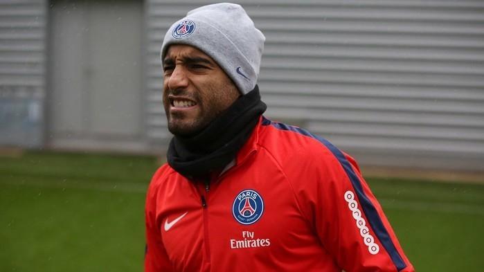 Lucas recusa oferta do Nantes para seguir no PSG (Crédito: Reprodução )