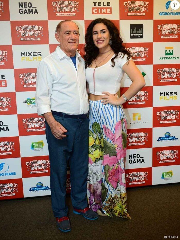 Renato Aragão e Lívian Aragão (Crédito: Agência News)