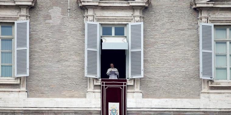 Papa Francisco fala de integração de imigrantes e pede entendimento