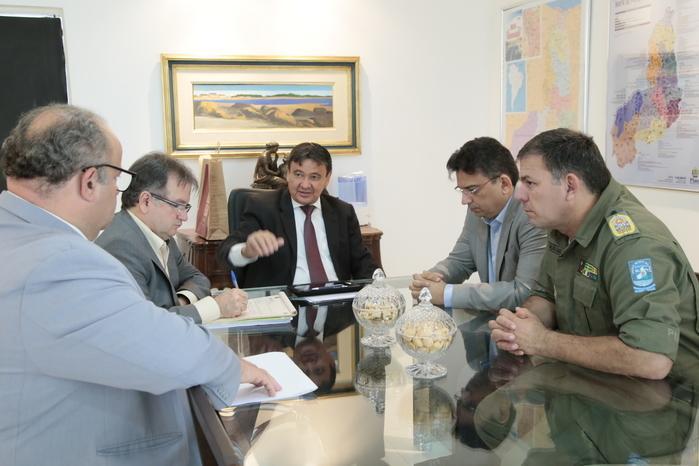 Ações de trânsito é tema de reunião do governador com equipe (Crédito: Jorge Bastos)