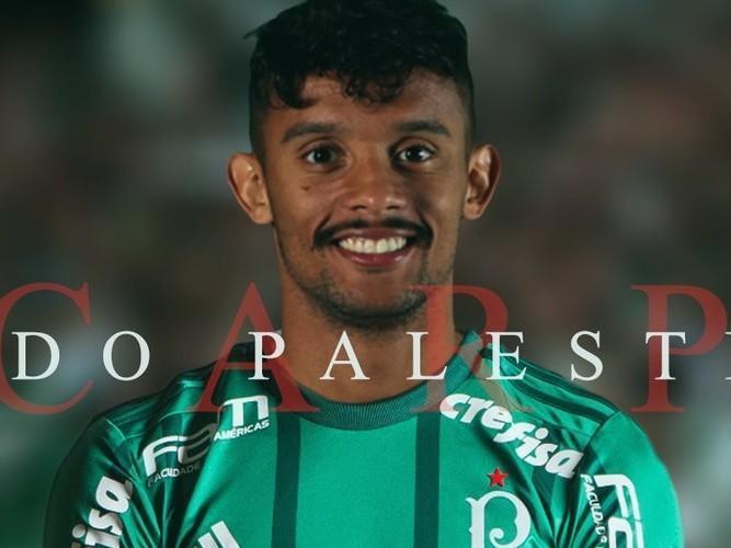 Meia Gustavo Scarpa assina com o Palmeiras por cinco temporadas