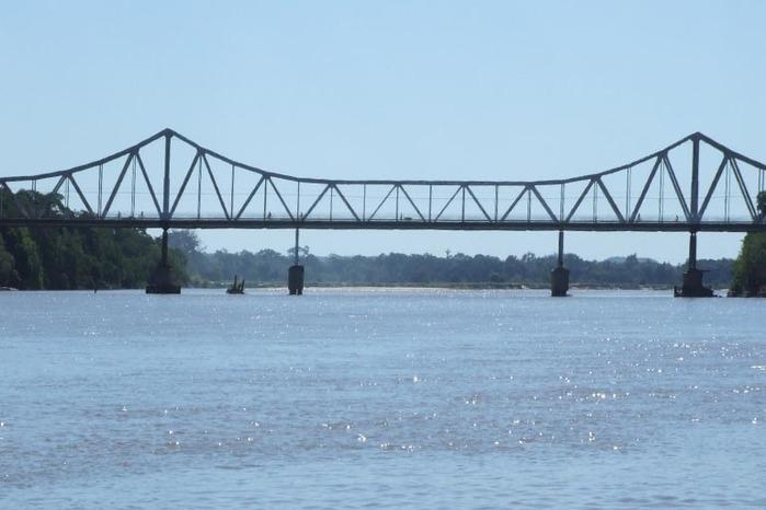 Ponte João Luis Ferreira, que liga Teresina a Timon (Crédito: Folhadobico)