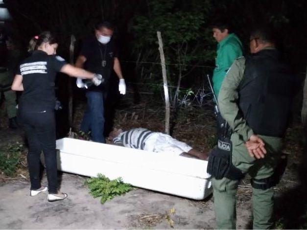 Corpo de idoso é encontrado em matagal no litoral do Piauí