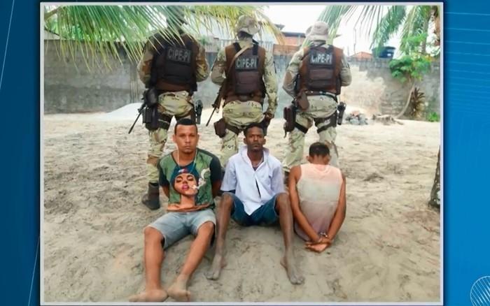 Daniel Neves e Carlos Alberto foram presos por morte de casal e sofreram abuso sexual dentro de cadeia  (Crédito: Reprodução)