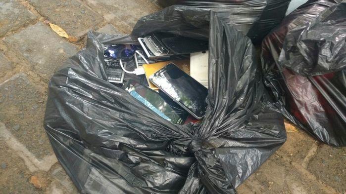 Polícia devolve celulares apreendidos em operação em THE