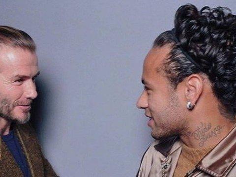 Neymar posta foto com Beckham e é alvo de piadas devido seu cabelo