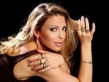 Sheila Mello deixa carreira de atriz para fazer terapia corporal