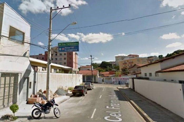 Casal é encontrado morto a tiros dentro de casa em São Paulo