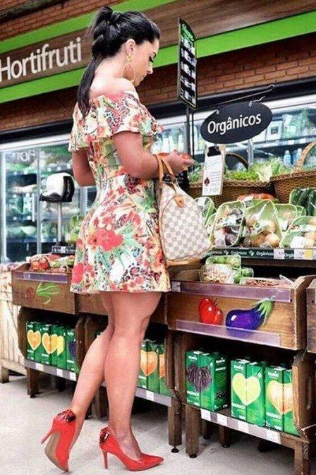 Gracie Lacerda é detonada por look usado ao ir no mercado