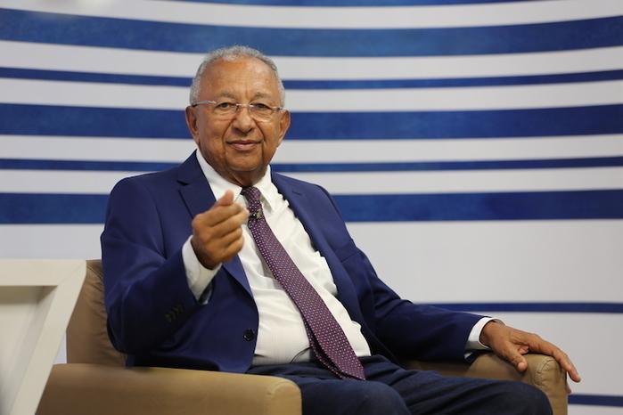 Candidato Dr. Pessoa é  sabatinado (Crédito: Efrém Ribeiro)