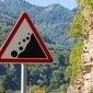 Rochas podem cair de montanha e causar fortes explosões
