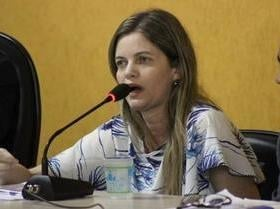 Momento é de focar em Bolsonaro, avisa Mão Santa