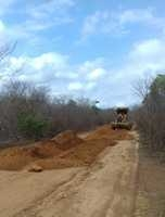 Prefeitura realiza estrada do Cais a Gangorra
