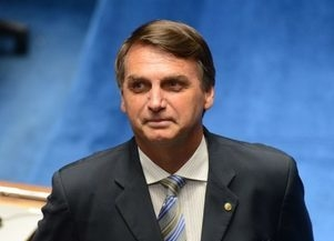 Jornalista pede demissão após ser proibido de entrevistar Bolsonaro