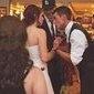 Ilusão de ótica em imagem de casamento viraliza na internet