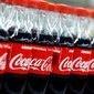 Homem é preso e condenado por alimentar filhos apenas com Coca-Cola