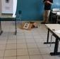 Vândalos invadem escola e destroem 10 urnas no interior de SP