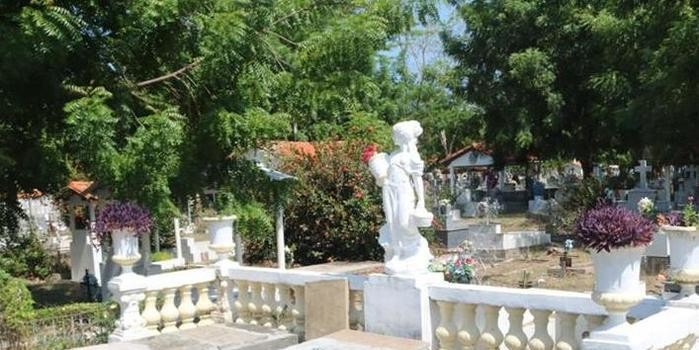 Dia de Finados: Cemitérios recebem limpeza