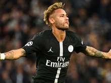 Neymar comanda goleada do Paris Saint-Germain na Champions League
