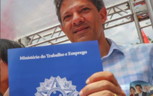 Haddad critica uso das fake news e chama Bolsonaro para debater