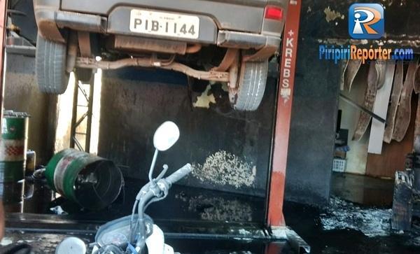 Explosão em oficina em Piripiiri (Crédito: Piripiri Repórter )