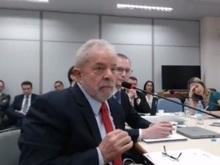Após quase 3 horas, termina interrogatório de Lula em processo