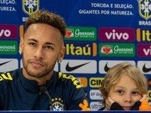Neymar destaca papel de líder na seleção e faz balanço do ano