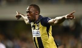 Bolt diz que decidirá seu futuro no futebol até fim do mês