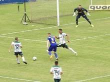 Palmeiras empata com rebaixado, mas mantém vantagem na ponta
