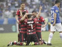 Flamengo vence Cruzeiro no Mineirão e garante o segundo lugar