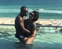 Fernanda Souza publica foto toda sorridente ao lado de Thiaguinho