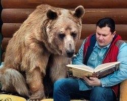 Conheça Stefan, o urso domesticado por uma família da Rússia