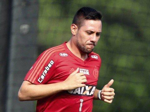 """Flamengo espera semana tranquila com Diego Alves """"afastado"""""""