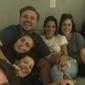 De volta ao Brasil, Bruna Marquezine curte noite com famosas