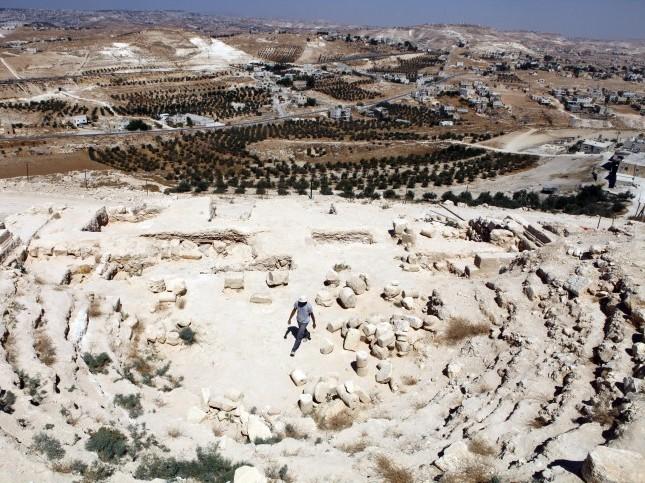 Arqueólogos acreditam ter encontrado um anel de Pôncio Pilatos